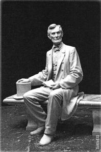 Lincoln Gettysburg Statue